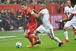 12.01.2018, BayArena, Leverkusen , GER, 1.FBL., Bayer 04 Leverkusen vs. FC Bayern M&uuml;nchen<br /> im Bild / picture shows: <br /> Lars Bender (Leverkusen #8), im Zweikampf gegen  Arturo Vidal (Bayern Muenchen #23), <br /> <br /> <br /> Foto &copy; nordphoto / Meuter