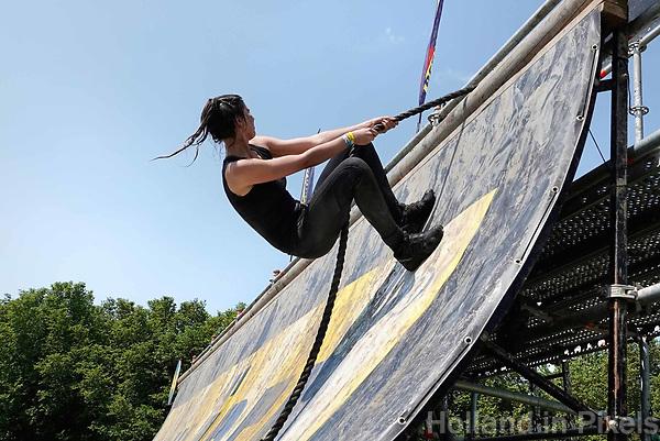 Nederland - Spaarnwoude 2018. De Strong Viking Hills Edition vindt plaats in recreatiegebied Spaarnwoude. Obstacle Run.  Foto Berlinda van Dam / Hollandse Hoogte.