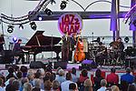 Hugh Coltman - Reprise du festival azureen Jazz a Juan apres l'attentat de Nice a la Pinede Gould de Juan-les-Pins a Antibes
