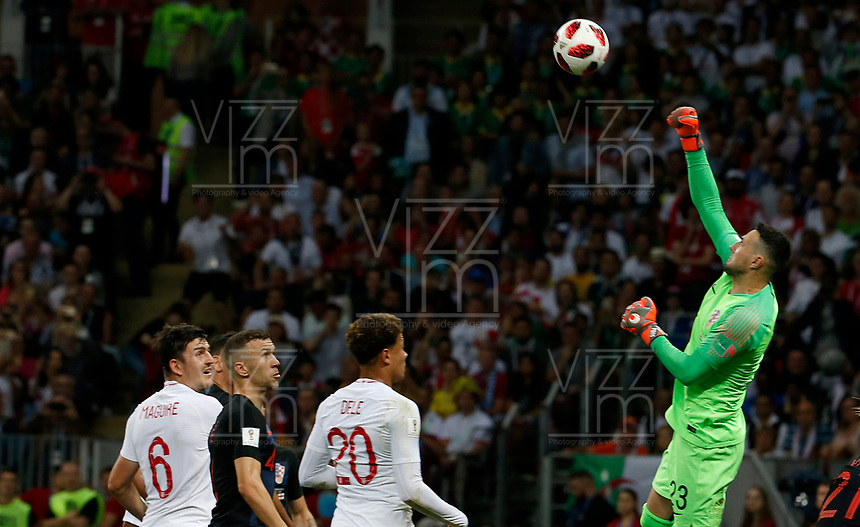 MOSCU - RUSIA, 11-07-2018: <br /> Danijel SUBASIC (GK) jugador de Croacia en acción durante partido de Semifinales entre Croacia y Inglaterra por la Copa Mundial de la FIFA Rusia 2018 jugado en el estadio Luzhnikí en Moscú, Rusia. / Danijel SUBASIC (GK) player of Croatia in action during the match between Croatia and England of Semi-finals for the FIFA World Cup Russia 2018 played at Luzhniki Stadium in Moscow, Russia. Photo: VizzorImage / Julian Medina / Cont