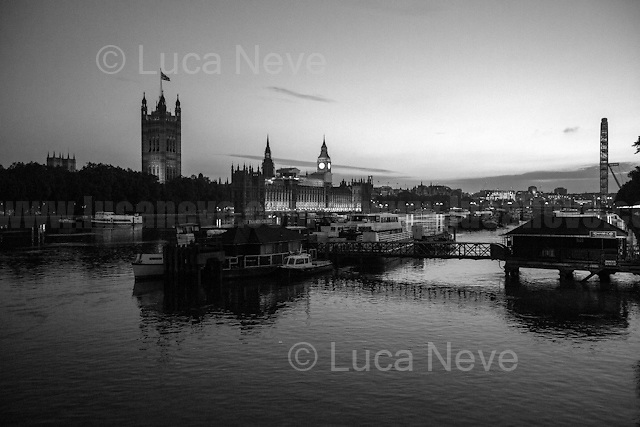 24.06.2016 - 4:04AM - The Houses of Parliament.<br />