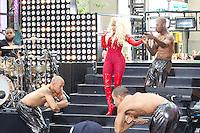NEW YORK, NY - August 14, 2012: Nicki Minaj performs on NBC's Today Show Toyota Concert Series at Rockefeller Center in New York City. &copy;&nbsp;mpi44/MediaPunch Inc. /NortePhoto.com<br /> <br /> **SOLO*VENTA*EN*MEXICO**<br />  **CREDITO*OBLIGATORIO** *No*Venta*A*Terceros*<br /> *No*Sale*So*third* ***No*Se*Permite*Hacer Archivo***No*Sale*So*third*