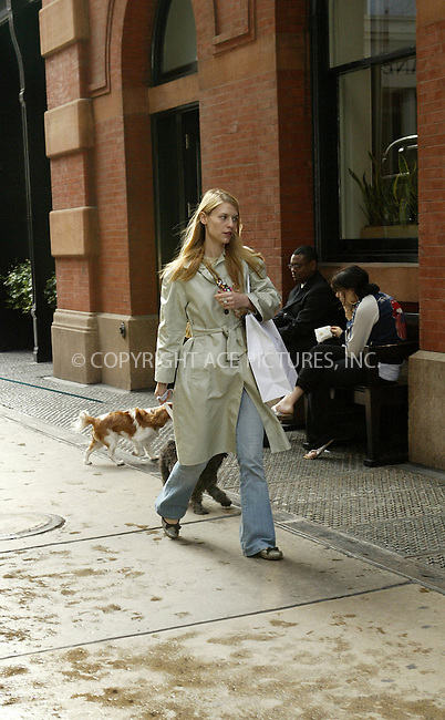 WWW.ACEPIXS.COM ** ** ** ....NEW YORK, SEPTEMBER 29, 2005....Claire Danes takes her dog out on a windy and wet day in SoHo. Stopping in several stores, Claire and the pooch made a pitstop at Prada where the pair made a purchase.....Please byline: JENNIFER L GONZELES-ACE PICTURES.. *** ***  ..Ace Pictures, Inc:  ..Craig Ashby (212) 243-8787..e-mail: picturedesk@acepixs.com..web: http://www.acepixs.com