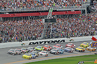 Green Flag to start the Daytona 500, Daytona INternational Speedway, February 23, 2014. (Photo by Brian Cleary/www.bcpix.com)