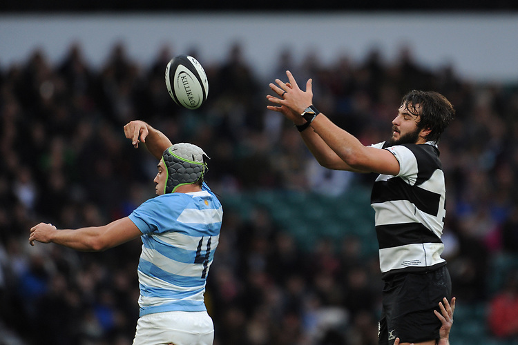 Lood de Jager of Barbarians (Bulls & South Africa) wins the lineout against Guido Petti of Argentina during the Killik Cup match between the Barbarians and Argentina at Twickenham Stadium on Saturday 1st December 2018 (Photo by Rob Munro/Stewart Communications)