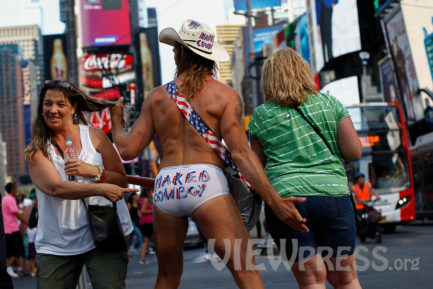 naked girls in time squre