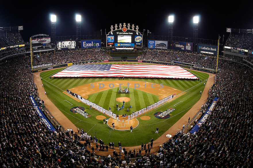 An overall view of US Cellular Field in Chicago, IL, before Game 1 of the 2005 World Series between the Chicago White Sox and the Houston Astros on October 22, 2005. (AP Photo/Chris Bernacchi)