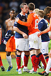 David Weir dejection with Klaas Jan Huntelaar