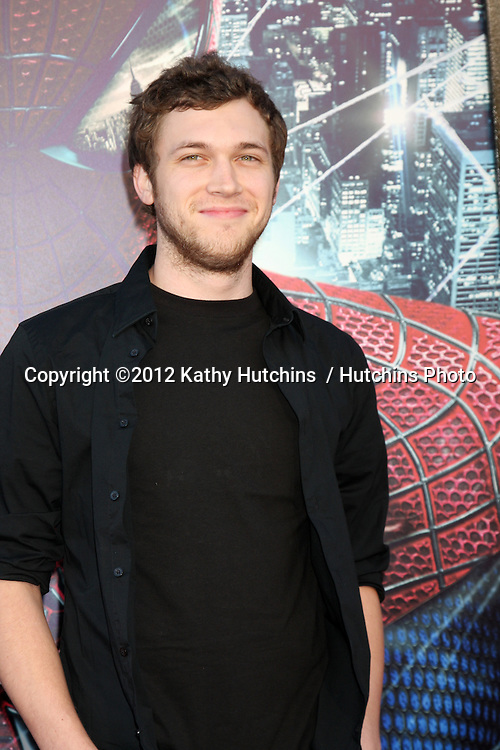 """LOS ANGELES - JUN 28:  Phillip Phillips arrives at the """"The Amazing Spider-Man"""" Premiere at Village Theater on June 28, 2012 in Westwood, CA"""