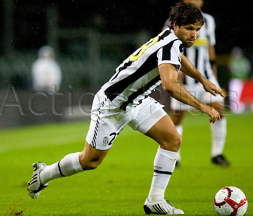 Saturday, Oct. 17, 2009. Italian Serie A soccer match between Juventus and Fiorentina 1-1 at the Olympic Stadium in Turin, Italy, in the photo: diego. Photo: Alberto Ramella/Actionplus.