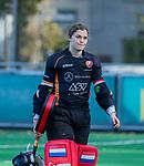 Laren - keeper Sarah Sinck (OR) tijdens de Livera hoofdklasse  hockeywedstrijd dames, Laren-Oranje Rood (1-3).  COPYRIGHT KOEN SUYK