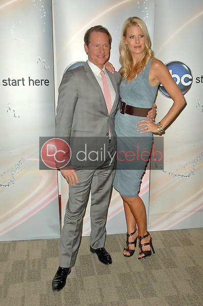 Carson Kressley and Beth Ostrosky Stern<br />