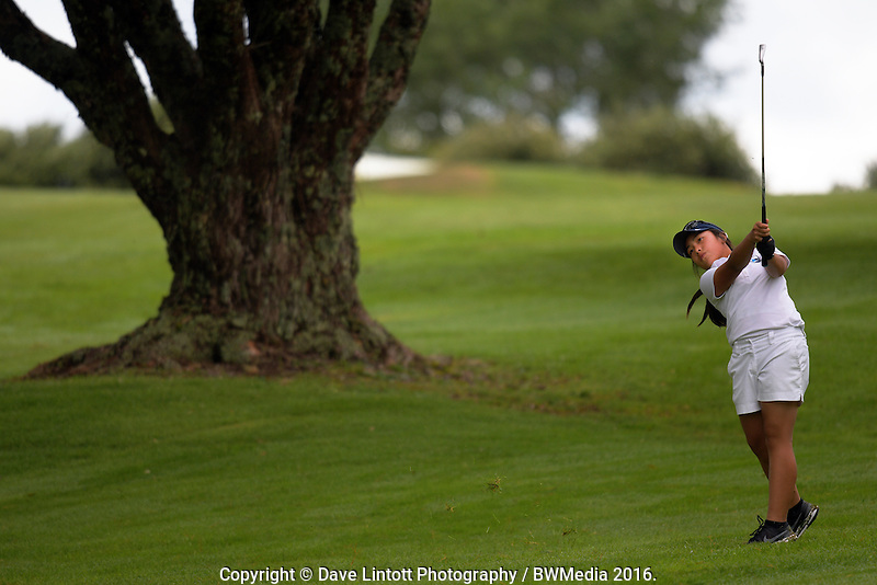 Carmen Lim (Auckland). 2016 Toro Women's Interprovincial Golf Championship at Westown Golf Club in New Plymouth, New Zealand on Friday, 9 December 2016. Photo: Dave Lintott / lintottphoto.co.nz