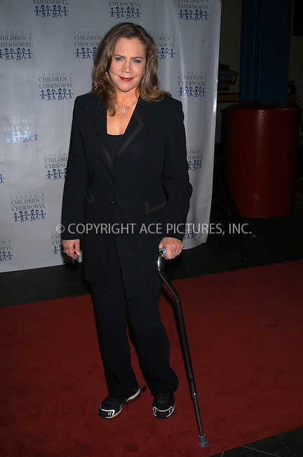 WWW.ACEPIXS.COM *** NO U.K. NEWSPAPERS SALES ***..New York, November 22, 2004: Cathleen Turner seen using walking cane. Please byline: R. BOCKLET-ACE PICTURES.   ..  ***  ..Ace Pictures, Inc:  ..contact: Alecsey Boldeskul (646) 267-6913 ..Philip Vaughan (646) 769-0430..e-mail: info@acepixs.com