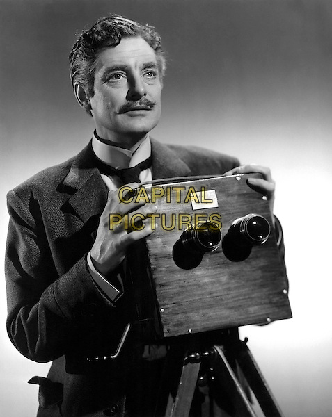 Robert Donat<br /> in The Magic Box (1951) <br /> *Filmstill - Editorial Use Only*<br /> CAP/NFS<br /> Image supplied by Capital Pictures