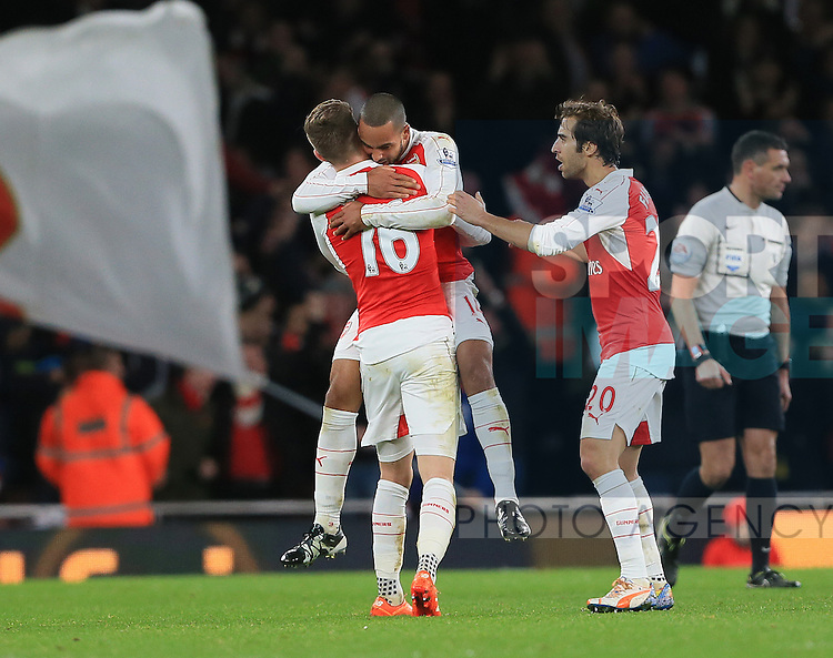 Arsenal's Theo Walcott celebrates scoring his sides opening goal<br /> <br /> Barclays Premier League- Arsenal vs Manchester City - Emirates Stadium - England - 21st December 2015 - Picture David Klein/Sportimage