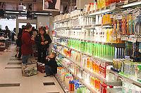 Roma, .Supermercato Coop Laurentino.Famiglia.Rome.Supermarket Coop Laurentino.Family