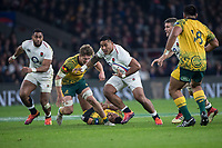 Twickenham, United Kingdom, Saturday, 24th  November 2018, RFU, Rugby, Stadium, England,  Manu TUILAGI, tackled by left, Michael HOOPER  during the Quilter Autumn International, England vs Australia, © Peter Spurrier