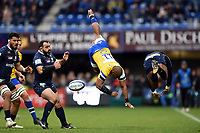Aled Brew of Bath Rugby is upended after an aerial collision with Samuel Ezeala of Clermont Auvergne. Heineken Champions Cup match, between Clermont Auvergne and Bath Rugby on December 15, 2019 at the Stade Marcel-Michelin in Clermont-Ferrand, France. Photo by: Patrick Khachfe / Onside Images