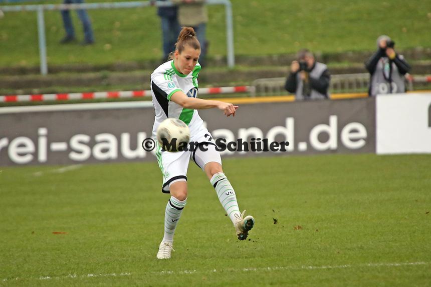 Verena FAißt (Wolfsburg) - 1. FFC Frankfurt vs. VfL Wolfsburg, DFB-Pokal