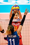 #7 Yuanyuan Wang of China fights for the ball with #11 Julieta Constanza Lazcano of Argentina during the FIVB Volleyball Nations League Hong Kong match between China and Argentina on May 29, 2018 in Hong Kong, Hong Kong. Photo by Marcio Rodrigo Machado / Power Sport Images