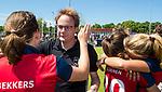 NIJMEGEN -  Vreugde bij coach Boaz Janssen (Huizen)    na   de tweede play-off wedstrijd dames, Nijmegen-Huizen (1-4), voor promotie naar de hoofdklasse.. Huizen promoveert naar de hoofdklasse.  COPYRIGHT KOEN SUYK