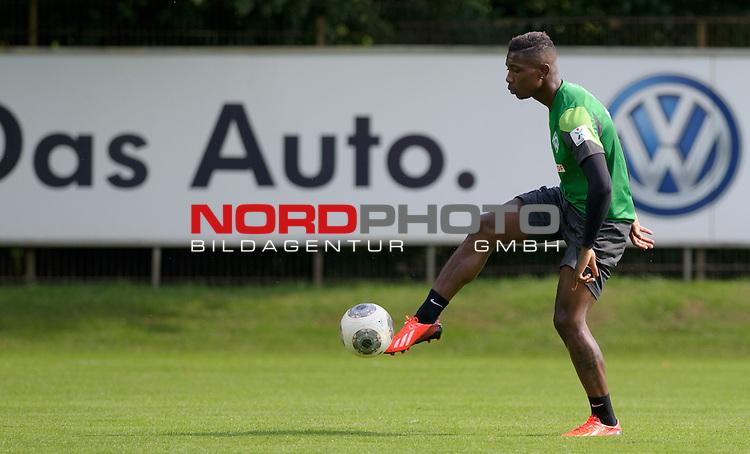 09.08.2013, Trainingsgelaende, Bremen, GER, 1.FBL, Training Werder Bremen, im Bild Eljero Elia (Bremen #11)<br /> <br /> Foto &copy; nph / Frisch