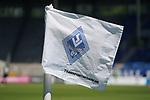 Eckfahne im leeren Stadion beim Spiel in der 3. Liga, SV Waldhof Mannheim - KFC Uerdingen 05.<br /> <br /> Foto © PIX-Sportfotos *** Foto ist honorarpflichtig! *** Auf Anfrage in hoeherer Qualitaet/Aufloesung. Belegexemplar erbeten. Veroeffentlichung ausschliesslich fuer journalistisch-publizistische Zwecke. For editorial use only. DFL regulations prohibit any use of photographs as image sequences and/or quasi-video.