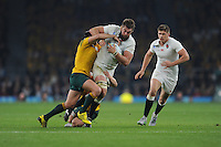 Geoff Parling of England is tackled by Matt Giteau of Australia during Match 26 of the Rugby World Cup 2015 between England and Australia - 03/10/2015 - Twickenham Stadium, London<br /> Mandatory Credit: Rob Munro/Stewart Communications