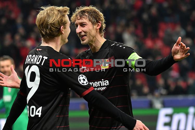 07.12.2016, BayArena, Leverkusen, Gruppe E, GER, Bayer 04 Leverkusen (GER) vs. AS Monaco (FRA)<br /> im Bild:<br /> freut sich &uuml;ber das 2:0 Stefan Kiessling (Leverkusen #11),<br /> li der Torsch&uuml;tze Julian Brandt (Leverkusen #19),<br /> <br /> <br /> Foto &copy; nordphoto / Meuter