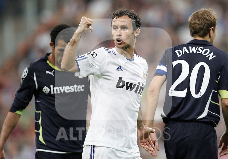 Real Madrid's Ricardo Carvalho and Tottenham's during Champions League match on April, 5th 2011...Photo: Cesar Cebolla / ALFAQUI