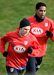 Atletico de Madrid's Maniche (l) and Cleber Santana (r) during training sesion at Cerro del Espino Stadium in Majadahonda, January 08 2007. (ALTERPHOTOS/Acero).