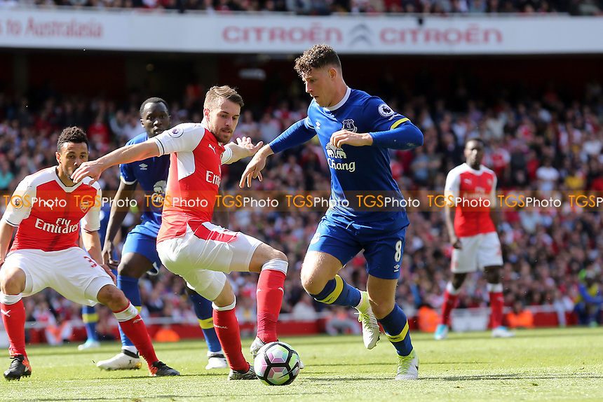 Aaron Ramsey of Arsenal and Ross Barkley of Everton during Arsenal vs Everton, Premier League Football at the Emirates Stadium on 21st May 2017