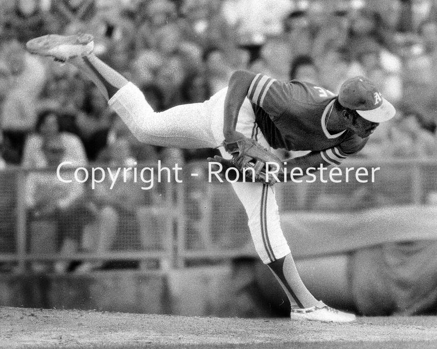 Oakland A's Vida Blue..(1973 photo/Ron Riesterer)