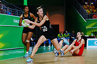 Katrina Grant of New Zealand in action. Gold Coast 2018 Commonwealth Games, Netball, New Zealand Silver Ferns v England, Gold Coast Convention and Exhibition Centre, Gold Coast, Australia. 11 April 2018 © Copyright Photo: Anthony Au-Yeung / www.photosport.nz /SWpix.com