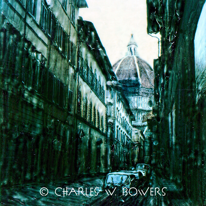 Every street seems to lead to the Duomo. Visitors and residence of Florence flock here daily.<br />