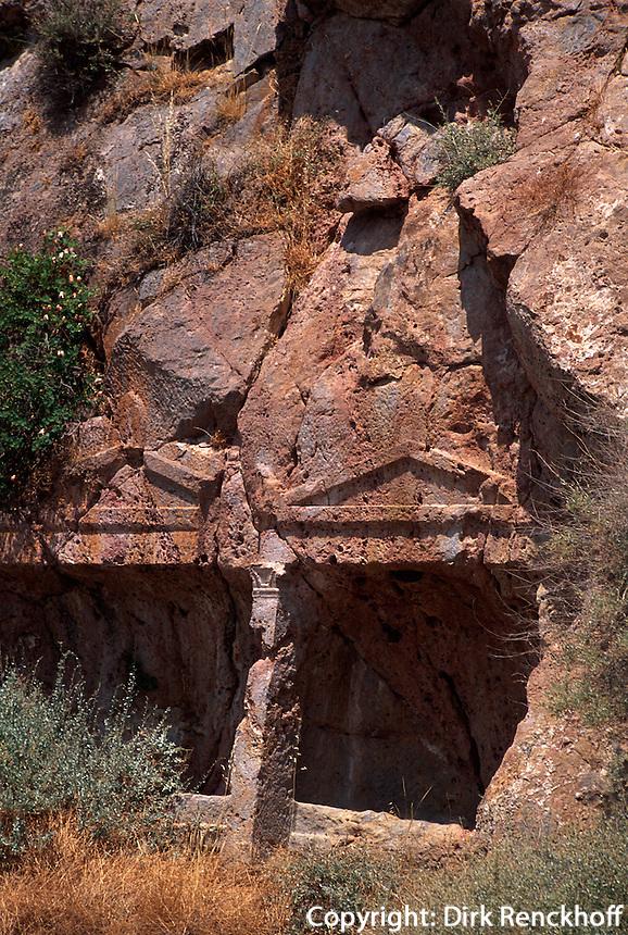 Felsengräber bei Echendra, Insel Santorin (Santorini), Griechenland, Europa