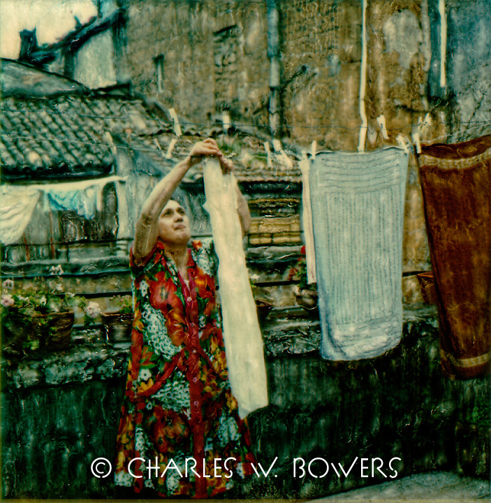 In Tuscany I hang my laundry on the roof top patio. The gentle breezes warm and dry the clothes with the magic of Tuscany.<br />