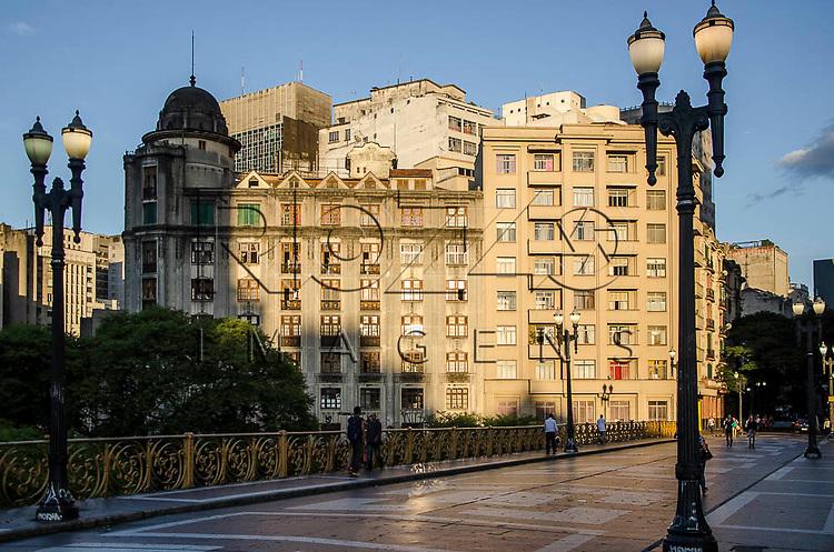Viaduto Santa Ifigênia no centro histórico da capital paulista, São Paulo-SP, 01/2014.