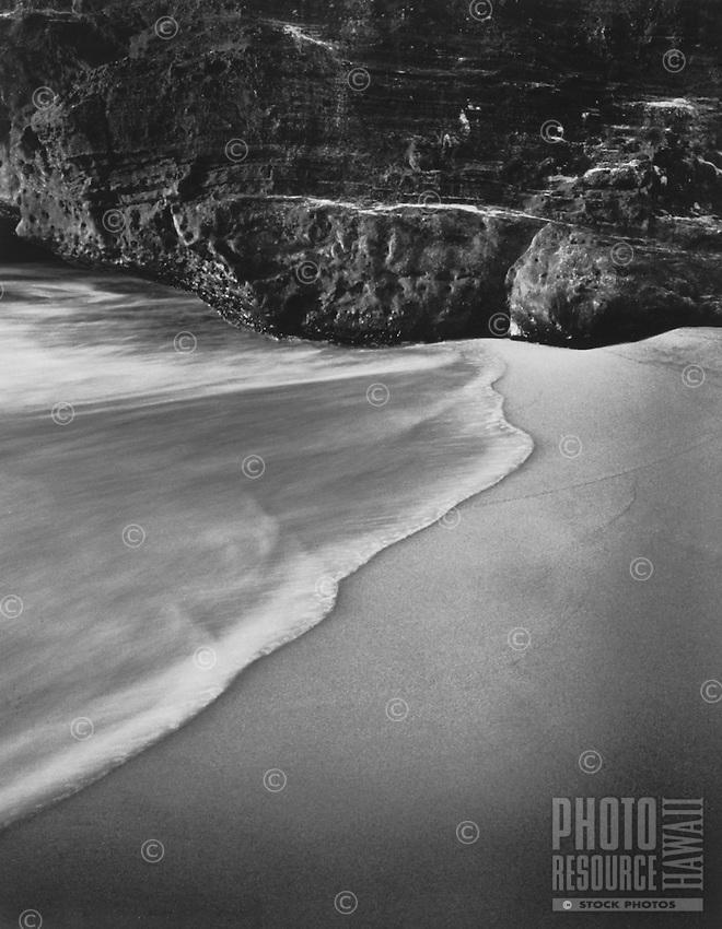 Wave on beach, Oahu, Hawaii