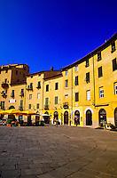 Piazza del Anfiteatro Romano, Lucca, Tuscany, Italy