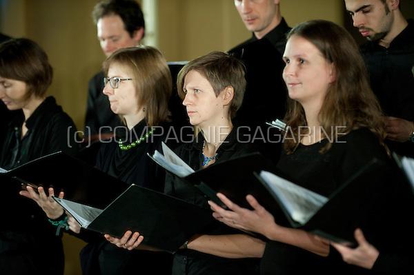 The Koordinaat chambre choir and vocAmuze choir performing the Noorderlicht concert in Heverlee (Belgium, 21/11/2015)