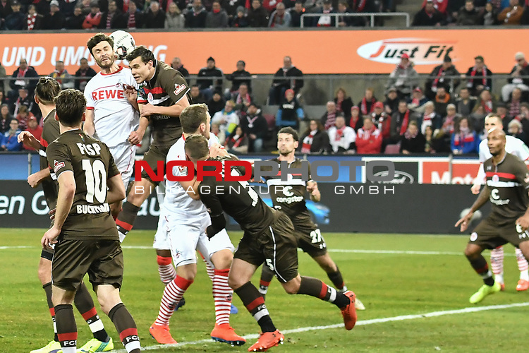 08.02.2019, Rheinenergiestadion, K&ouml;ln, GER, DFL, 2. BL, VfL 1. FC Koeln vs FC St. Pauli, DFL regulations prohibit any use of photographs as image sequences and/or quasi-video<br /> <br /> im Bild Strafraumszene . Torchance von Jonas Hector (#14, 1.FC K&ouml;ln / Koeln) <br /> <br /> Foto &copy; nph/Mauelshagen