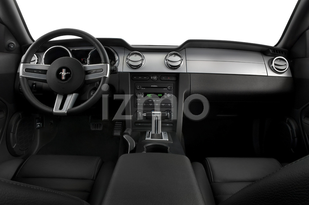 Straight dashboard view of a 2007 Ford Mustang GT Coupe