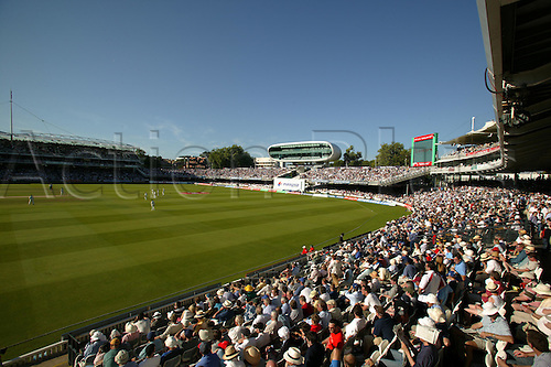 2 August 2003: General view of the ground during the 2nd npower Test Match between England and South Africa at Lords, London. Photo: Steve Bardens/actionplus...030802  cricket venue gv