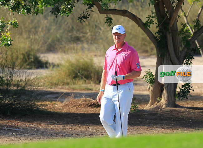 Ernie ELS (RSA) walks to the 17th green during Pink Friday's Round 2 of the 2015 Omega Dubai Desert Classic held at the Emirates Golf Club, Dubai, UAE.: Picture Eoin Clarke, www.golffile.ie: 1/30/2015