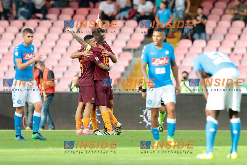 Esultanza Roma<br /> Napoli 15-10-2016  Stadio San Paolo <br /> Campionato Serie A Napoli - AS Roma <br /> Foto Cesare Purini / Insidefoto