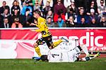 Uppsala 2014-05-01 Fotboll Svenska Cupen IK Sirius - IF Elfsborg :  <br /> Elfsborgs Simon Hedlund blir f&auml;lld av Sirius m&aring;lvakt Jonas Bylund i den andra halvleken och f&aring;r straff<br /> (Foto: Kenta J&ouml;nsson) Nyckelord:  Svenska Cupen Cup Semifinal Semi Sirius IKS Elfsborg IFE