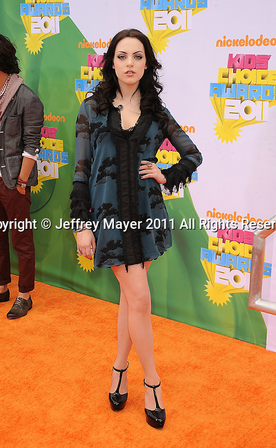 LOS ANGELES, CA - APRIL 02: Elizabeth Gillies  arrives at Nickelodeon's 24th Annual Kids' Choice Awards at Galen Center on April 2, 2011 in Los Angeles, California.