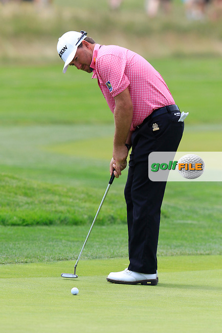 Graeme McDowell (NIR) on the 10th green during Wednesday's Practice Day of the 2016 U.S. Open Championship held at Oakmont Country Club, Oakmont, Pittsburgh, Pennsylvania, United States of America. 15th June 2016.<br /> Picture: Eoin Clarke | Golffile<br /> <br /> <br /> All photos usage must carry mandatory copyright credit (&copy; Golffile | Eoin Clarke)